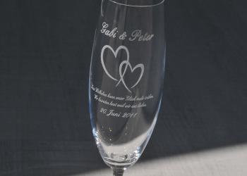 Laser-Glasgravur auf Sektglas